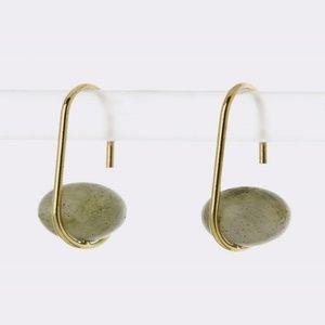 Hook bead earrings